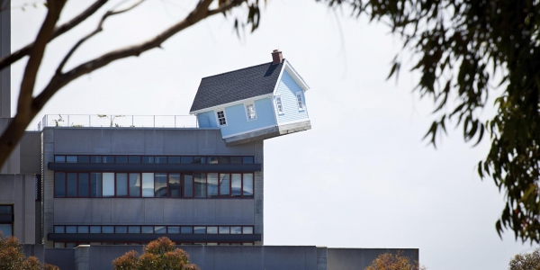 House Lands Neatly Atop Engineering School, to Gawkers' Delight 1