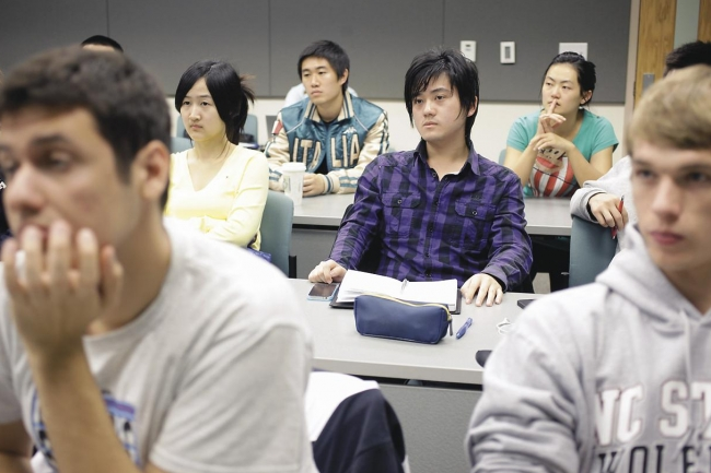 foreign students in the united states The number of college-educated immigrants in the united states has more than tripled in the last two decades asia is the primary sending region of international students in the united states in the 2014-15 school year.