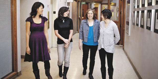 After Federal Grants End, College Experiment With Ways to Support Female Scientists 1