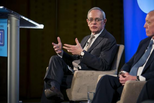 L. Rafael Reif, president of MIT, shown here with the under secretary of education, Ted Mitchell, at a recent online-learning summit, said on Wednesday that he hopes a new twist on admissions will lead to a broader pool of applicants.