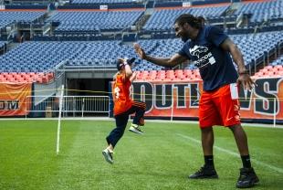 Broncos vs. Panthers: Scoring the Generosity Bowl