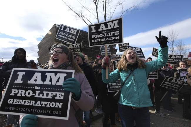 Groups That Oppose Abortion See Opportunity Under Trump